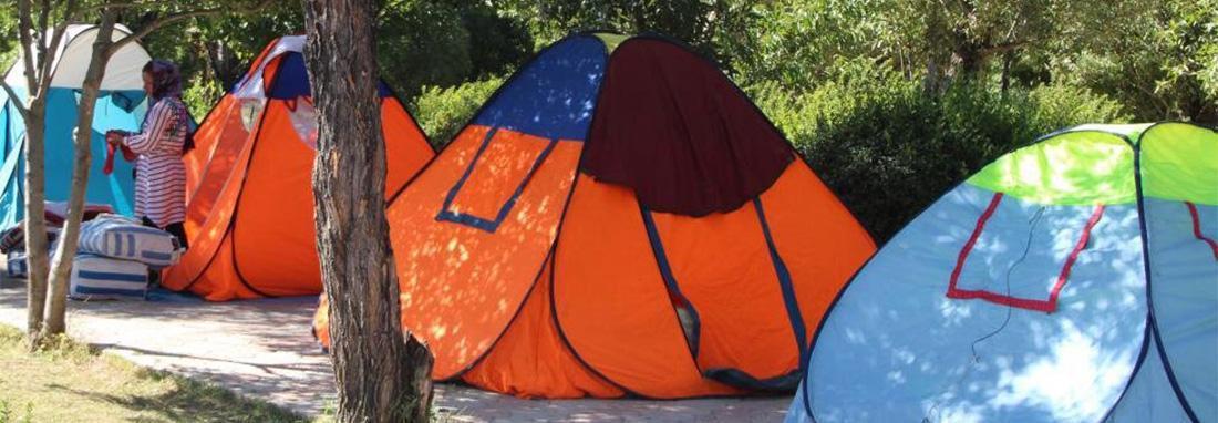 تصاویر چادرخوابی گسترده گردشگران تابستانی در اردبیل ، چادرخوابی گردشگران در ایران ؛ مشکل فرهنگی یا زیرساختی؟