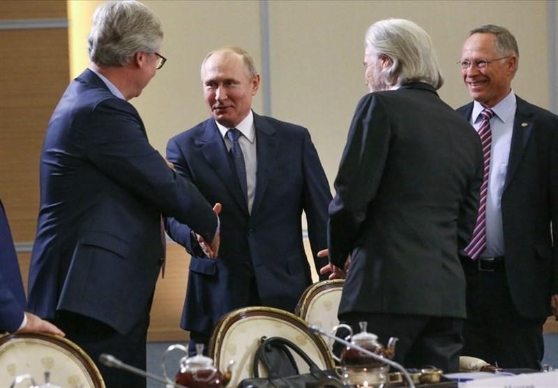 پوتین: روسیه از اهرم فشار اقتصادی برای حل مسائل سیاسی استفاده نمی کند