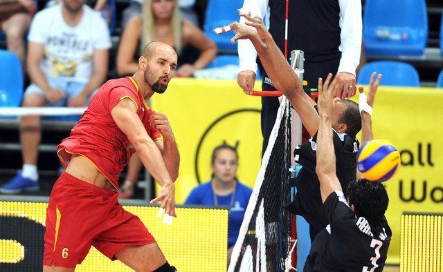 معین شدن چهار تیم نیمه نهایی والیبال جام باشگاه های دنیا
